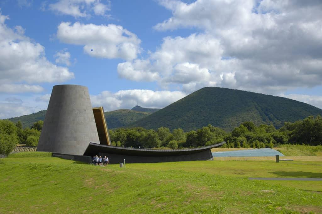 Parc d'attraction Vulcania en Auvergne.