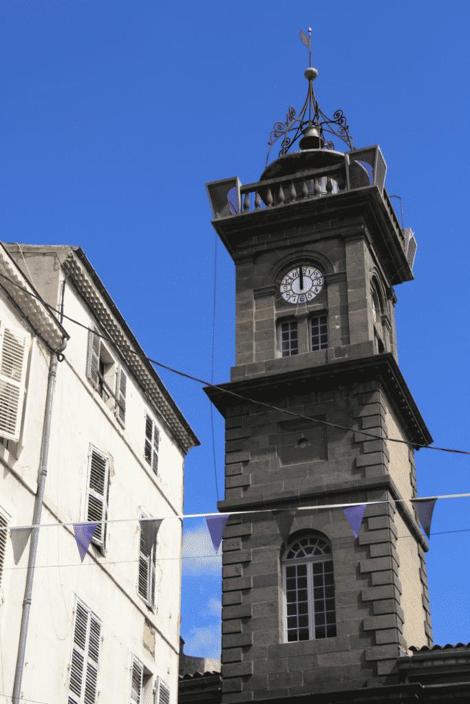 Momuments historique de la ville d'Issoire, la Tour de L'horloge.