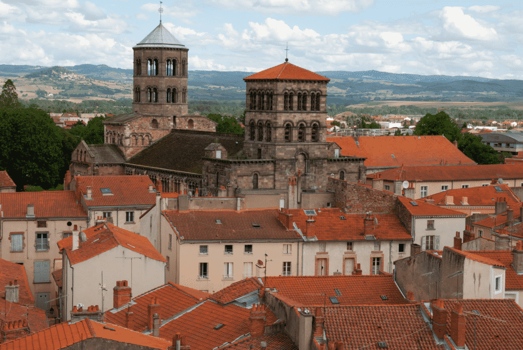 Vue en hauteur sur la ville d'Issoire.