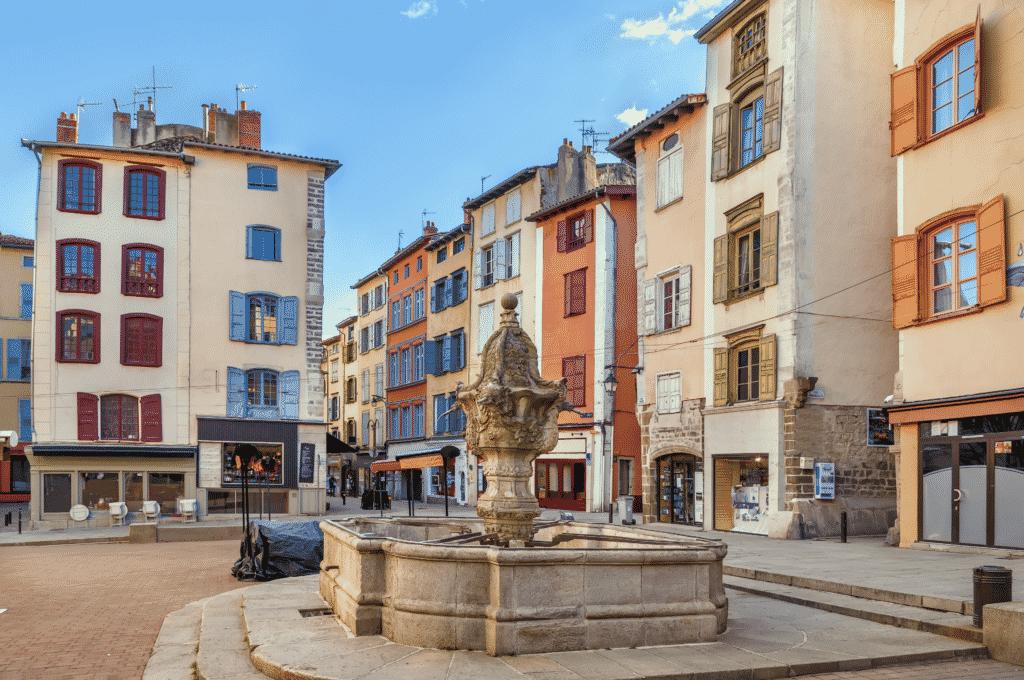 Quartier du Puy en Velay en Haute Loire.