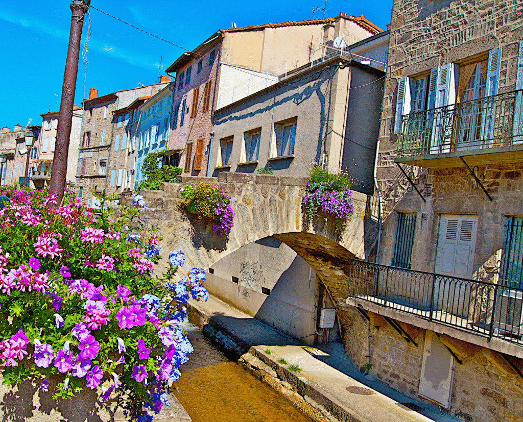 Un quartier de Montbrison dans la Loire.